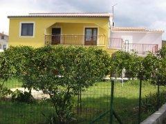 Villa-Manda-garden.jpg